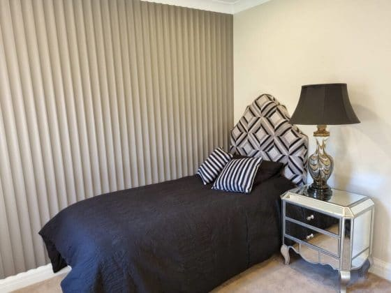 Cavetto Wall in Bedroom